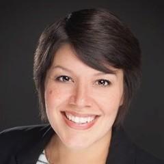 headshot for Mariana Estrada