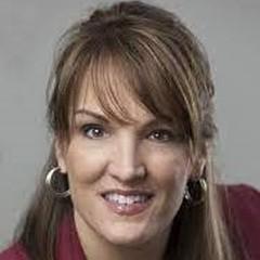 headshot for Darlene Pope