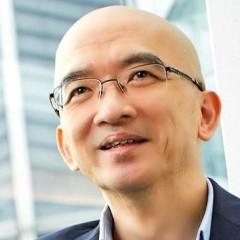 headshot for Damien Wu